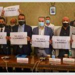 """Castellammare. Opposizioni censurate abbandonano l'Aula sul bilancio: """"Siamo alla frutta"""""""